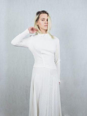 model-wedding-dress